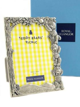 Royal Selangor Teddy Bears Picnic - Picking Apples Photoframe