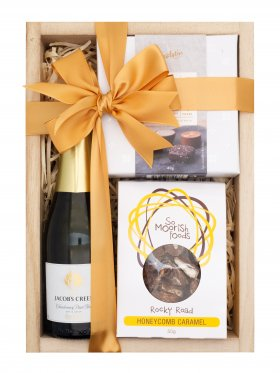 Well Done - Sparkling Wine Hamper