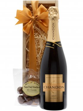 Chandon & Strawberries Premium Sparking Wine Gift