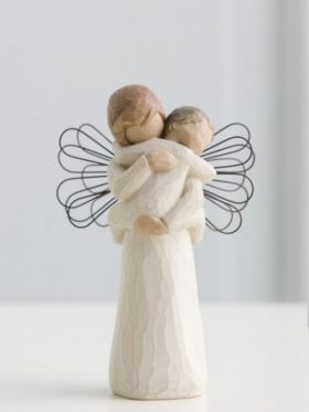Willow Tree Figurine - Angel's Embrace