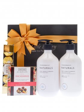 The Aromatherapy Co Naturals Pamper Hamper