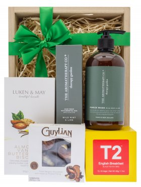 The Aromatherapy Co Gardener's Pamper Hamper